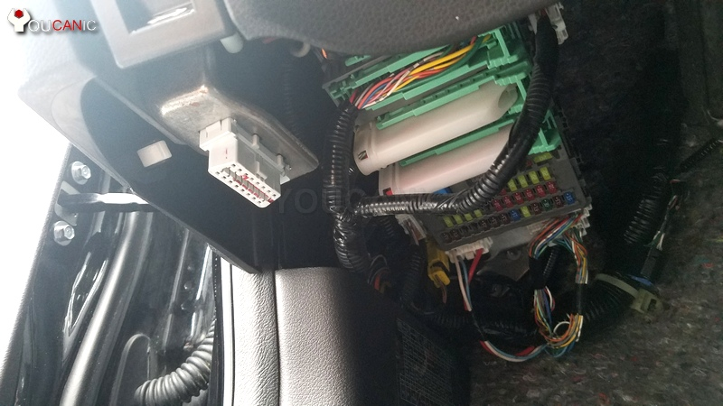 How to pull codes on ACURA via OBD2 port