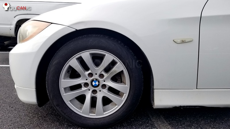 remove tire to replace tie rod on BMW  3-Series