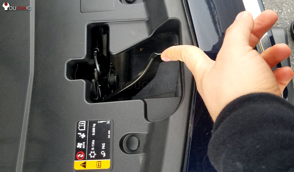 How to re charge air conditioner on Chevrolet vehicles