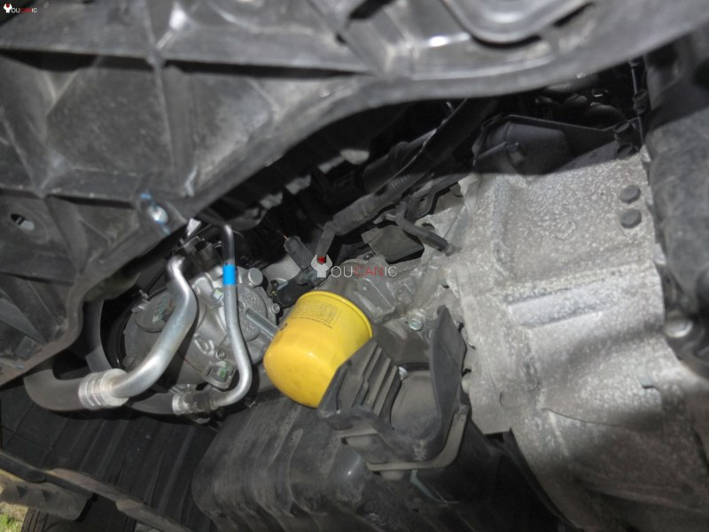 Diy Hyundai Oil Change Stepbystep Guide: 2015 Hyundai Accent Oil Filter Location At Bitobe.net