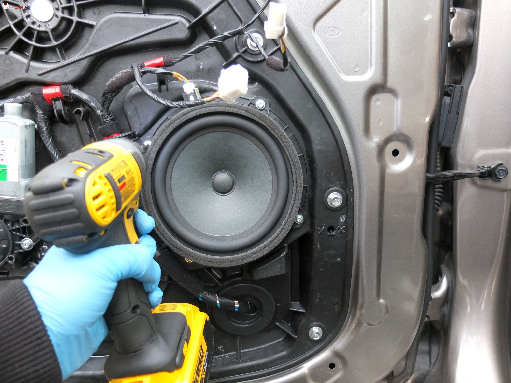 Learn how to replace or upgrade Hyundai Elantra 2011-2016 Door Speakers Yourself. & How to Replace Upgrade Hyundai Door Speakers