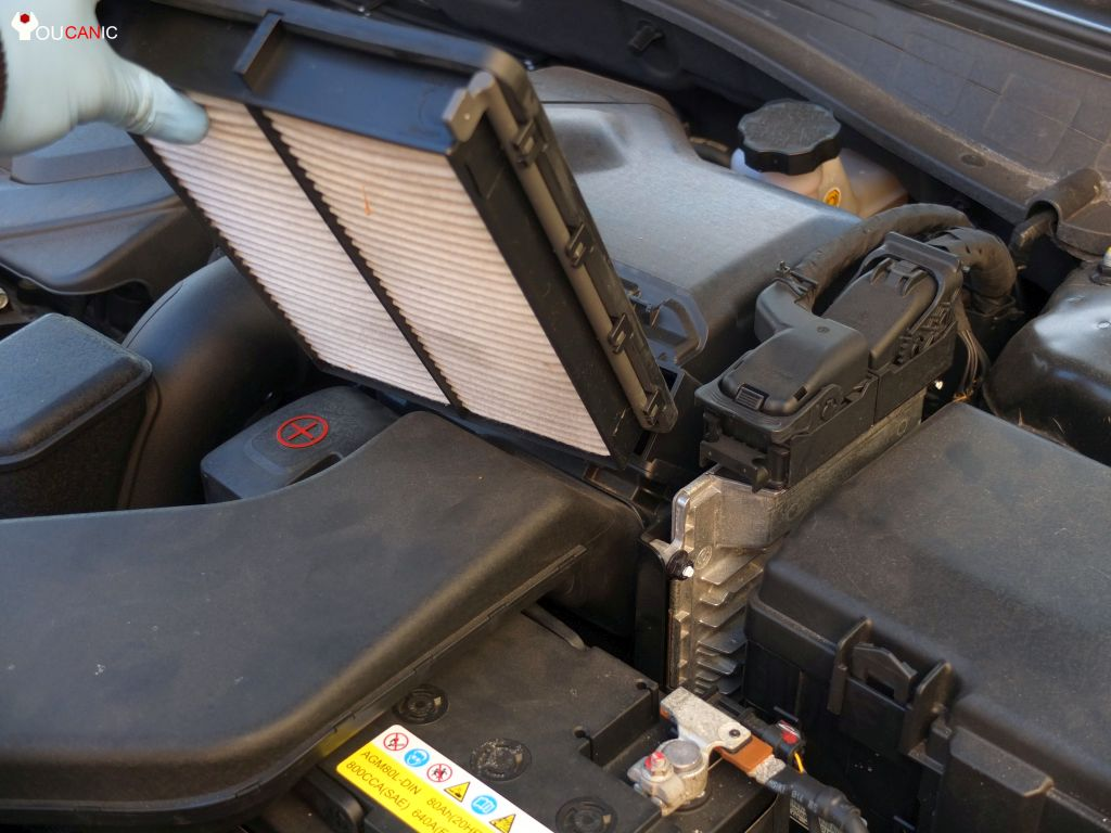 how to change engine air filter kia optima