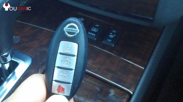 How to change battery on Nissan Keyfob Remote