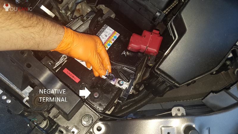 2011-2017 Nissan Quest Change car battery at home negative termnial